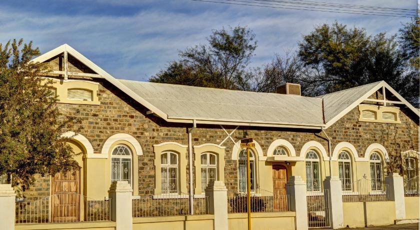 Best time to travel Keetmanshoop Schuetzenhaus Guesthouse