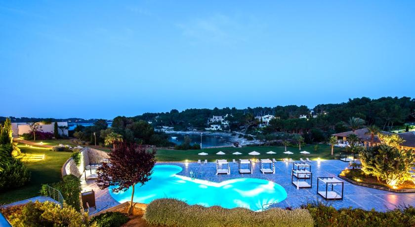 Best time to travel Majorca Blau Privilege PortoPetro Beach Resort & Spa.