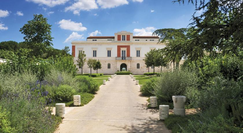 Best time to travel Italy Relais Il Santissimo