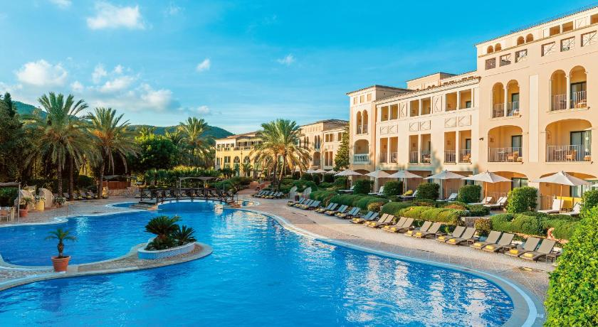 Best time to travel Majorca Steigenberger Golf & Spa Resort in Camp de Mar