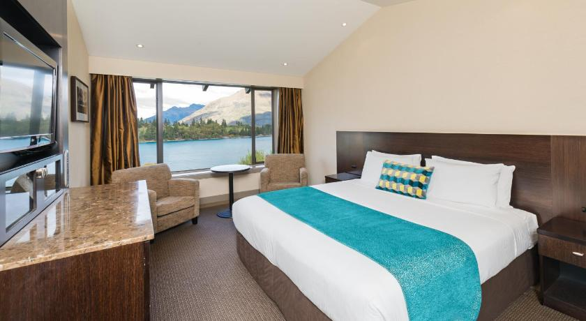 Best time to travel New Zealand Copthorne Hotel & Resort Lakefront Queenstown
