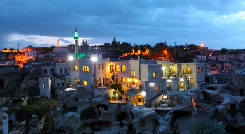 Best time to travel Kayseri Blue Valley Cave Hotel
