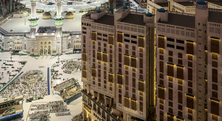 Best time to travel Mecca Makkah Millennium Towers