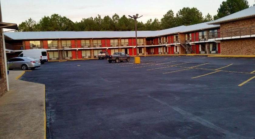 Hotels In Anniston Al