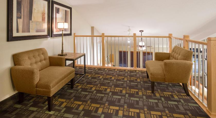 More About Americinn Hotel Suites Osage