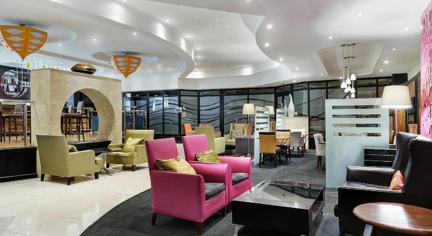 Best time to travel Centurion Protea Hotel by Marriott Midrand