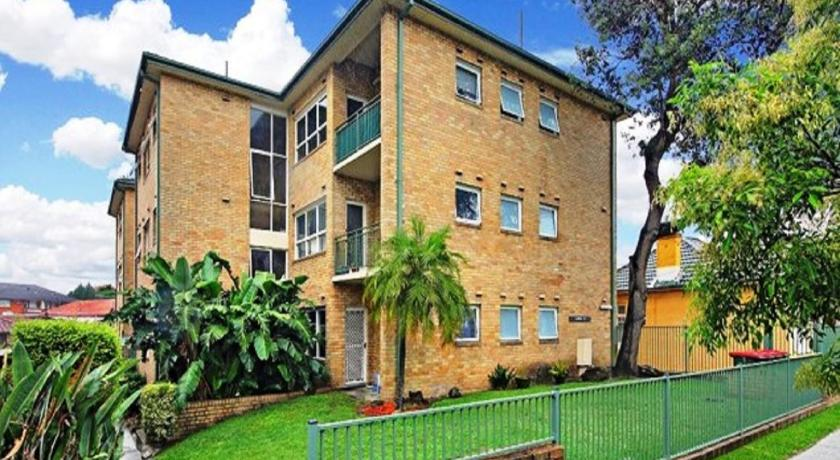 Best time to travel Australia Airy Unit in the Heart of Rockdale