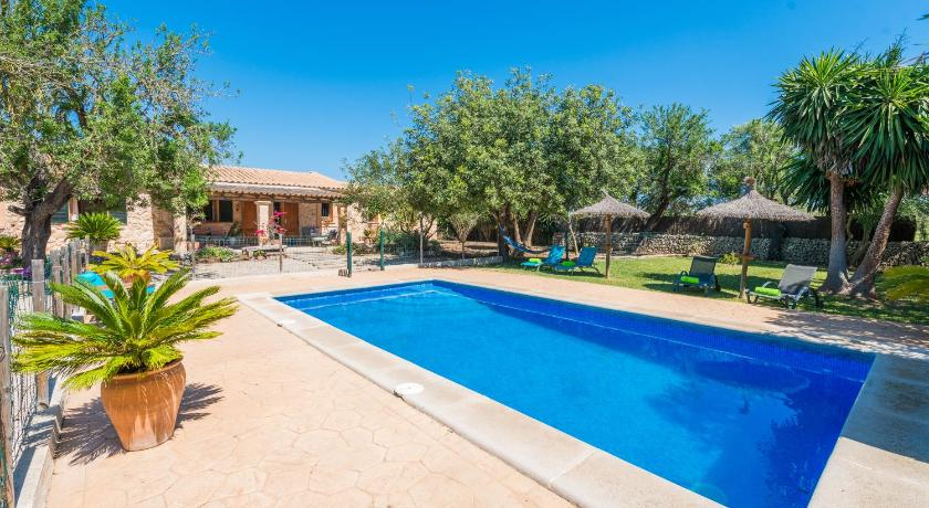 Best time to travel Spain Villa Fornes