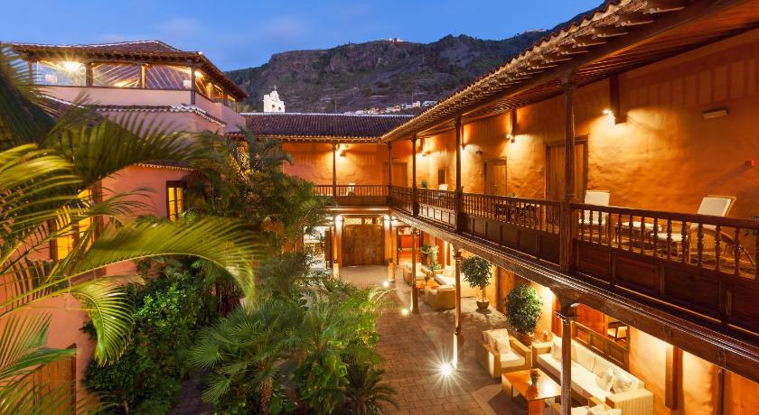 Best time to travel Spain Hotel La Quinta Roja THe Senses Collection