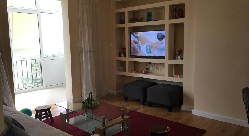 Best time to travel Kallithea 2 bed apartment Leoforos Amfitheas