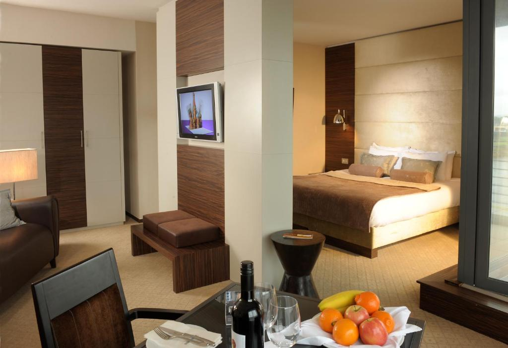 Absolute Hotel Limerick Starting From 65 Eur Hotel In