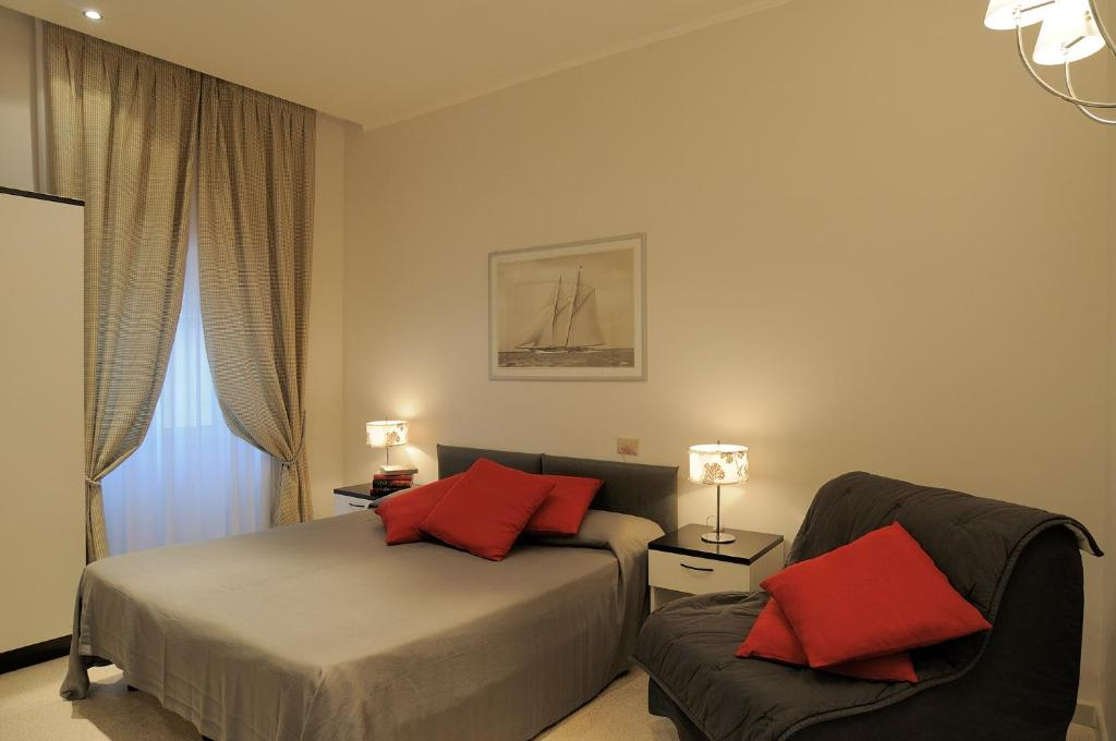 Residence Le Terrazze - Starting from 57 EUR - Hotel in Alassio (Italy)