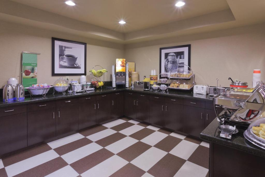 Located 15 miles from the Las Vegas Strip, this Summerlin ...