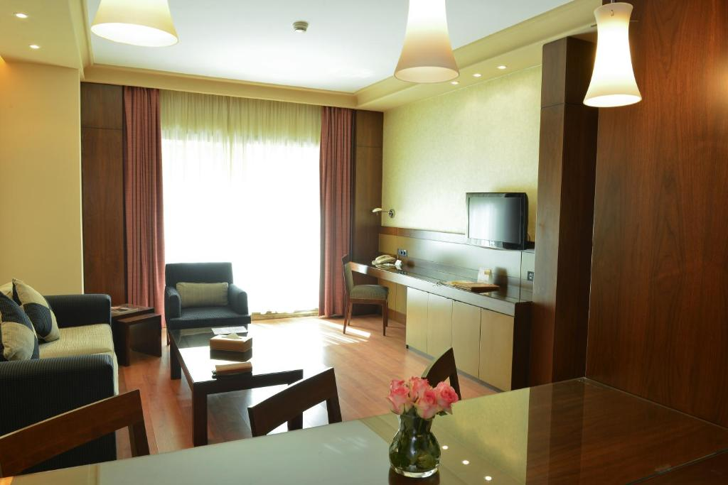 coral suites al hamra starting from 110 usd hotel in beirut