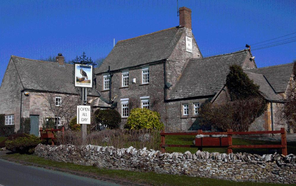 The Bird In Hand Inn, Witney - Hailey - book your hotel with ...
