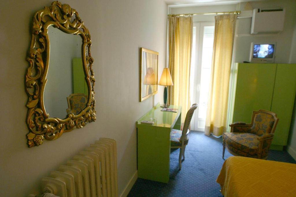 Royal wilson toulouse book your hotel with viamichelin - Hotel patio wilson toulouse ...