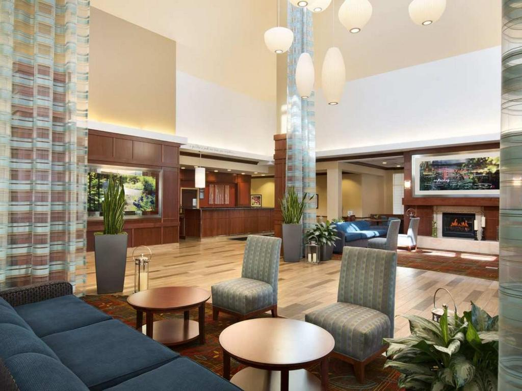 Hilton Garden Inn Chicago O 39 Hare Airport 2930 South River Road Des Plaines