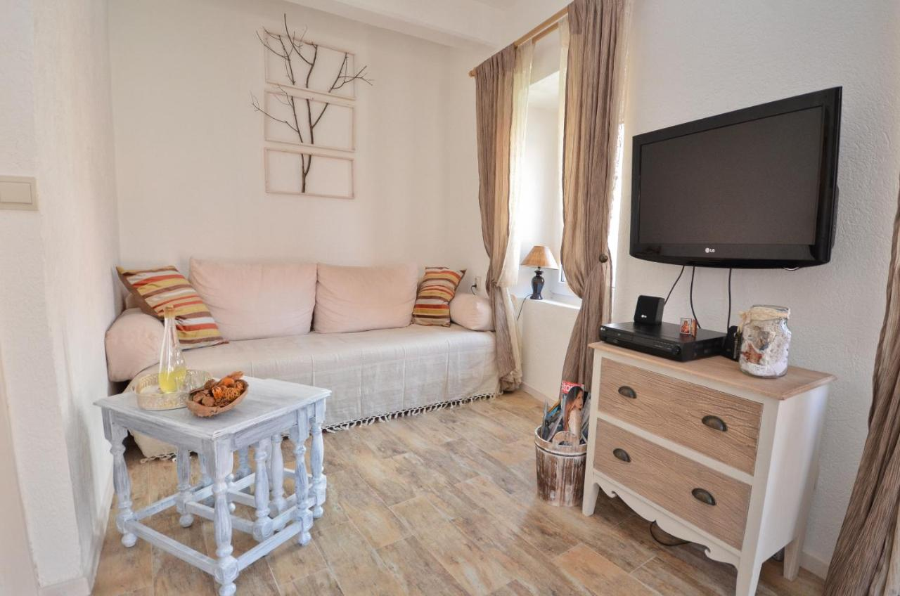 Bell Tower Apartment, Budva