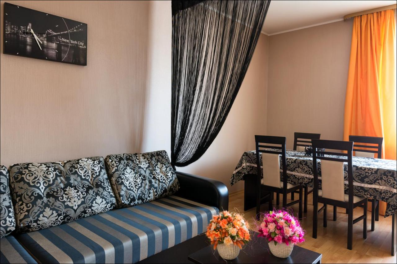 Apartment in Cottage with Sauna, Minsk