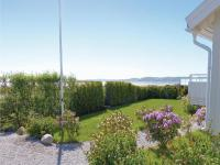 Three-Bedroom Holiday home Store Höga with Sea View 07, Case vacanze - Stenungsund