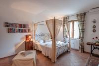 Le Tartarughe B&B, Bed & Breakfast - Magliano in Toscana