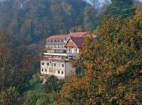 Le Chalet Hotel