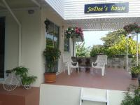 Jodee's House, Holiday homes - Ko Si Chang