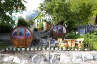 Schlaf-Fass Jenins, Bed and breakfasts - Jenins