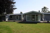 Three-Bedroom Holiday home in Kirke Hyllinge 2, Case vacanze - Kirke-Hyllinge