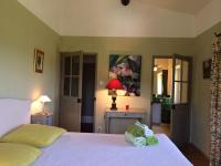 B&B La Bastide Desmagnans, Bed & Breakfast - Lacoste