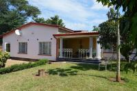 Our Place Guest House, Bed and Breakfasts - Lilongwe