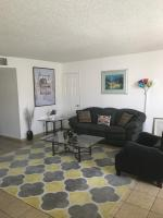 Huge 2BD/2 BATH. Apt. fully furnished in Burbank, Apartmány - Burbank