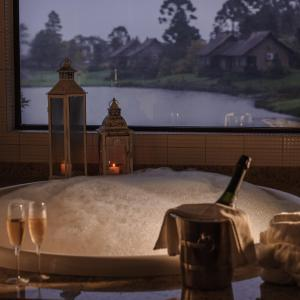 Superior Chalet with Spa Bath