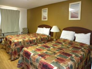 Standard Room with Two Double Beds - Non-Smoking
