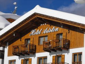 Hotel Ariston - Exterior - Winter