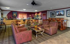 Photo of Baymont Inn & Suites