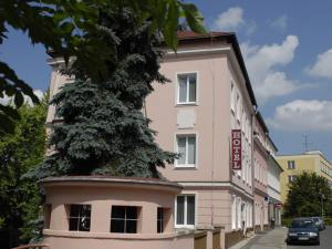 Almond: hotels Teplice - Pensionhotel - Hotels