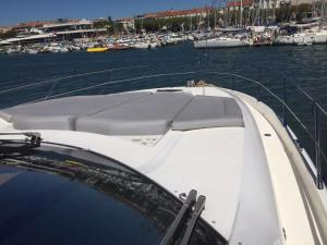 Melyana Yacht, Botely  Beaulieu-sur-Mer - big - 19