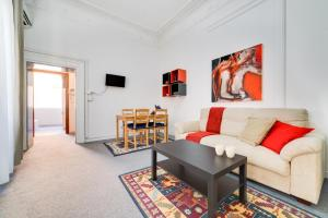 3 Bedroom Flat Via Firenze - AbcRoma.com