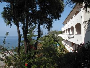 Grand Hotel De Rose, Hotels  Scalea - big - 2