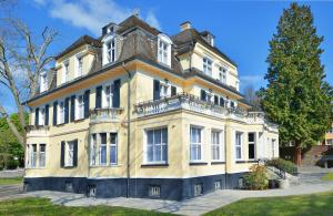 Villa Oranien, Hotely  Diez - big - 1