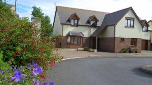 Highfield Bed & Breakfast in Pembroke Dock, Pembrokeshire, Wales