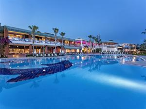 Maritim Pine Beach Resort, Resort  Belek - big - 42