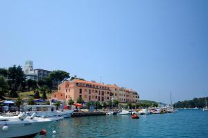 Apartments Riva: hotels Vrsar - Pensionhotel - Hotels