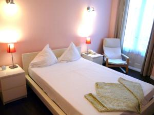 Hotel Hostal Pizarro - Madrid