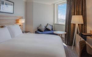 Deluxe King Room with Sea View