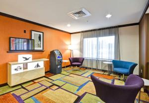 Fairfield Inn & Suites Tampa Fairgrounds/Casino, Hotels  Tampa - big - 19