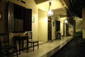 Cakra Homestay, Homestays  Solo - big - 18