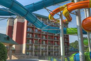 Country Cascades Waterpark Resort, Hotels  Pigeon Forge - big - 45