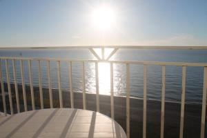 J.R Apartment in the sea, Apartmány  Batumi - big - 22
